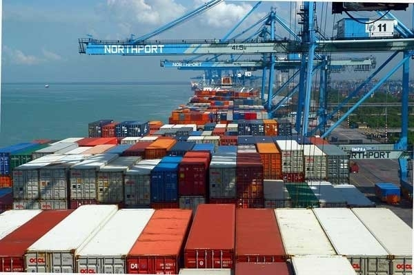 Vietnam's exports to grow 10 percent: HSBC